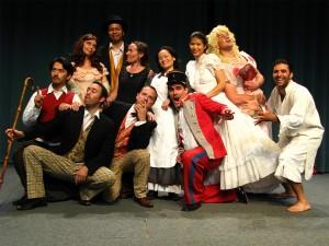 Les joyeux participants de l'elective théâtre